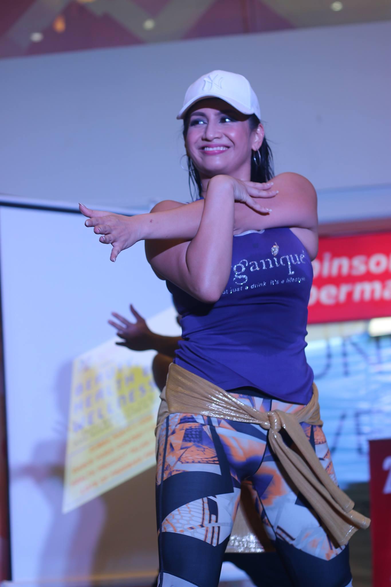 Miss Regine Tolentino as Zumba leader!
